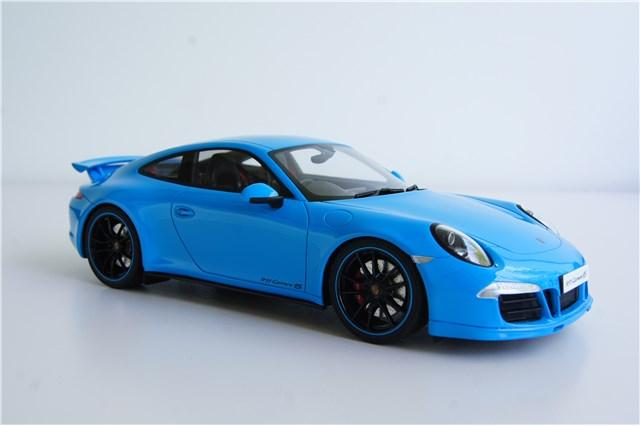 Porsche 911 Carrera 4 Coupe, 1:43