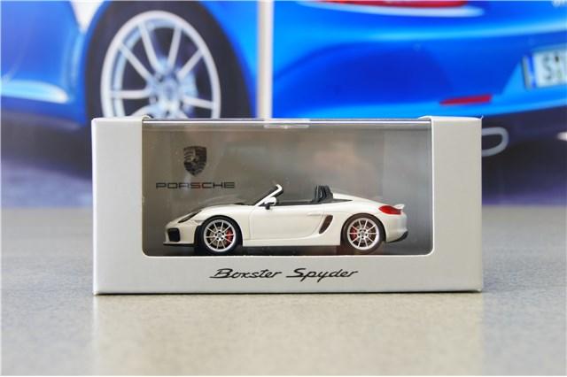 Porsche Boxster 981 s verde Exclusive limitado 500 piezas a partir de 2012 1//43 Spark Mode