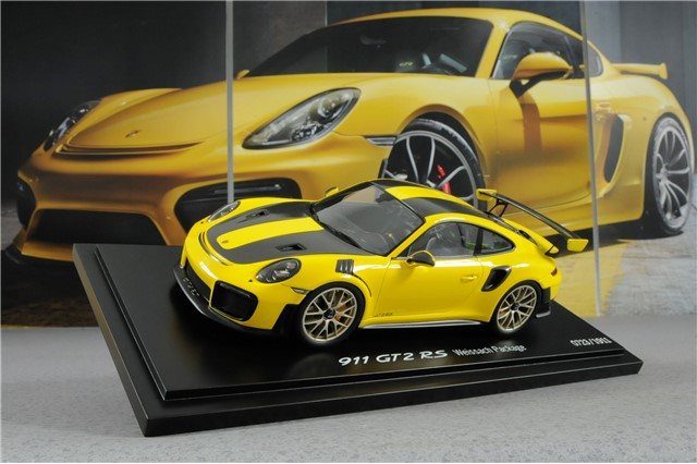 911 Gt2 Rs Weissachpackage Racing Yellow Black Scale 1 18 Resine Limited Edition New Accessories G 911 Wap0211520j Teile Com