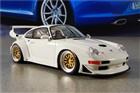 GT SPIRIT Porsche 911 (993) GT2 EVO 1998, skala 1:18 GT075